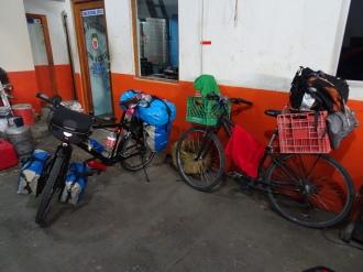 So kann man auch seine Sachen auf einer Radreise verstauen